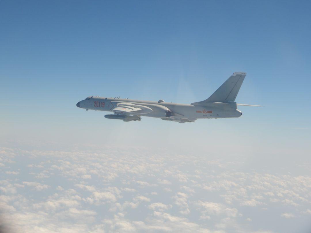 创新高!25架解放军军机进入台湾空域-1